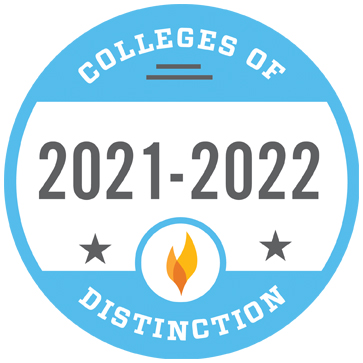 Colleges of Distinction light blue badge 2021-2022 gray text