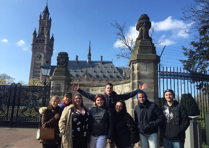 students visit europe on spring break
