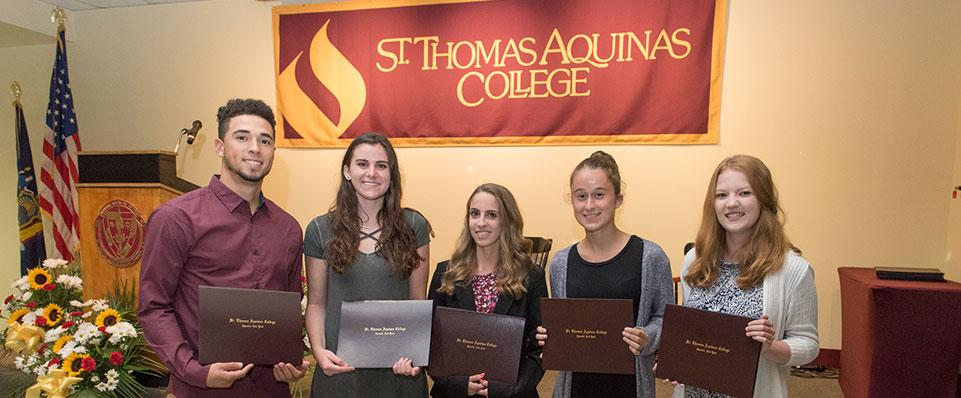 Students Awarded at the Service Convocation 2017